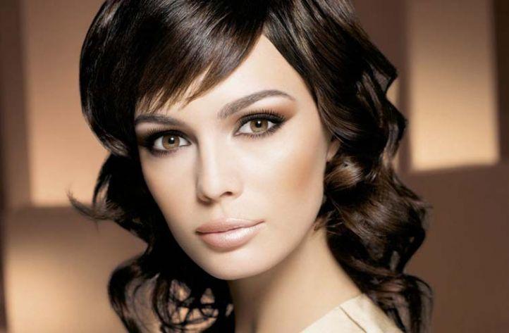 Лёгкий и строгий макияж