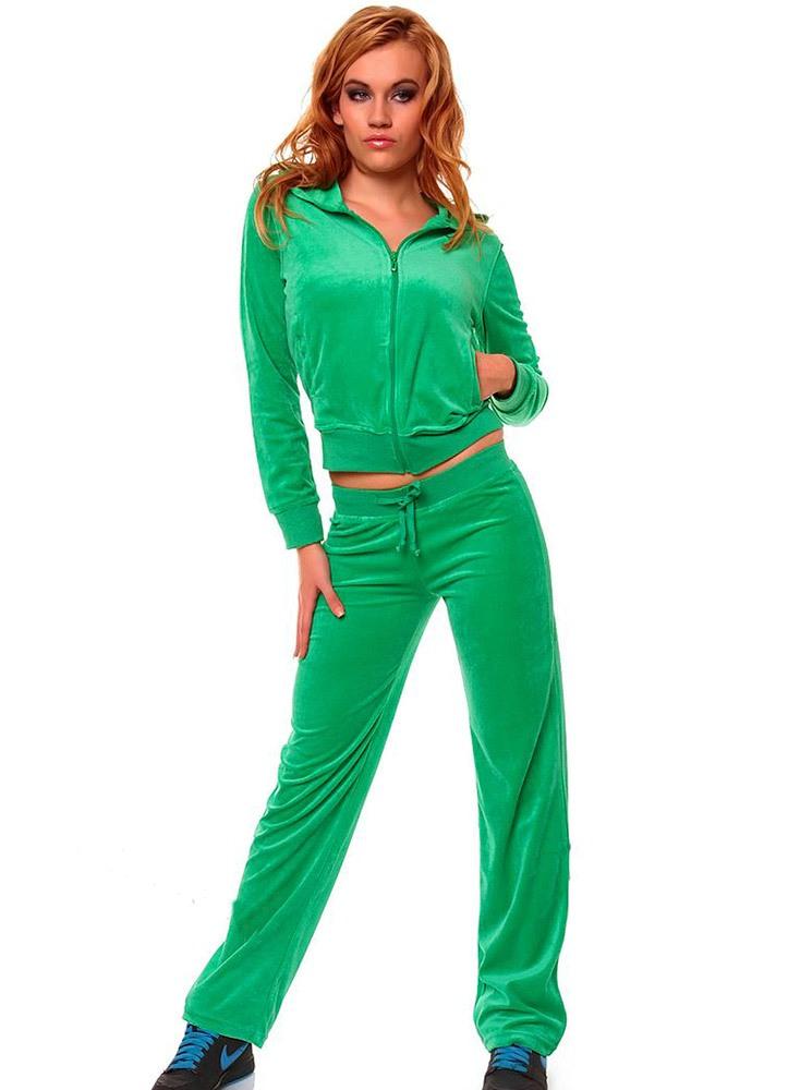 Зелёный бархатный костюм для спорта