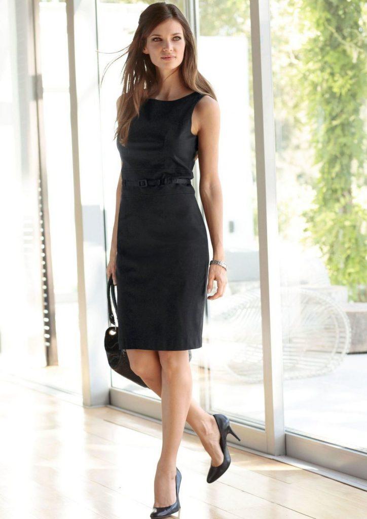 Деловой образ в чёрном платье