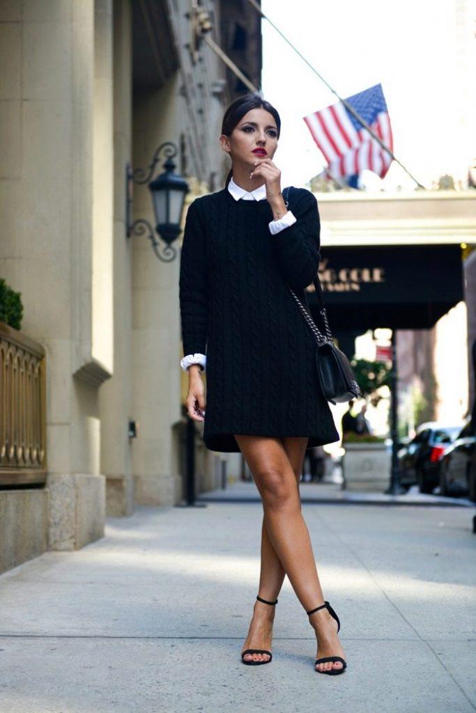 Закрытое чёрное платье с босоножками