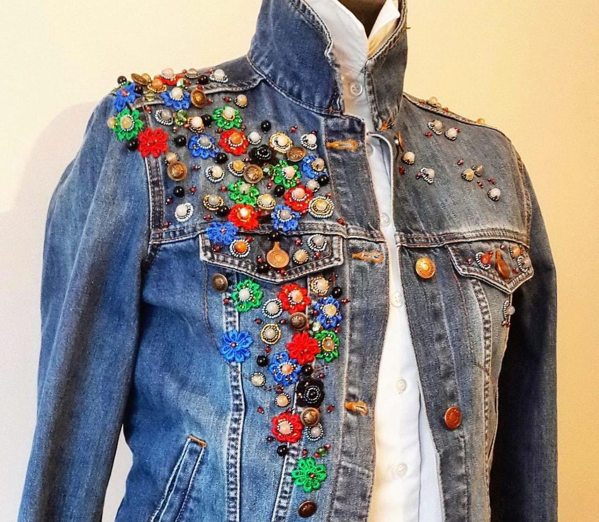 забудь как украсить джинсовую куртку своими руками фото кто