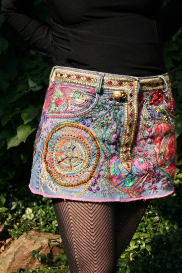 Старая юбка с вышивкой
