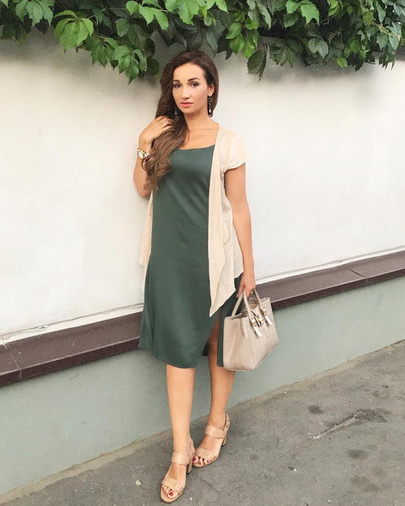 Одежда Анфисы Чеховой в стиле кэжуал