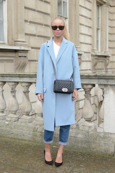 Голубое пальто-кокон