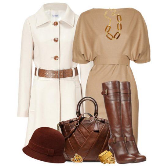 Белое пальто в сочетании с коричневыми сапогами