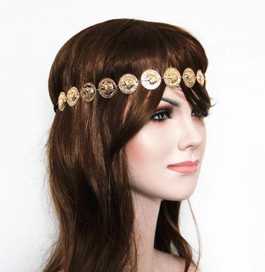 Золотистое украшение из монет для волос