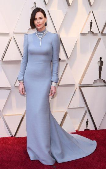 Шарлиз Терон в голубом платье на церемонии вручения премии «Оскар-2019»