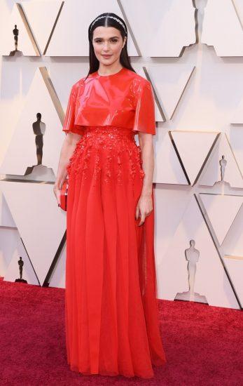 Рэйчел Вайс в алом платье на церемонии вручения премии «Оскар-2019»