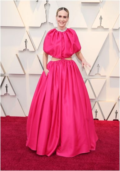 Сара Полсон в розовом платье на церемонии вручения премии «Оскар» 2019