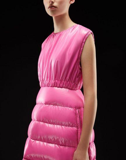 Розовое платье-пальто