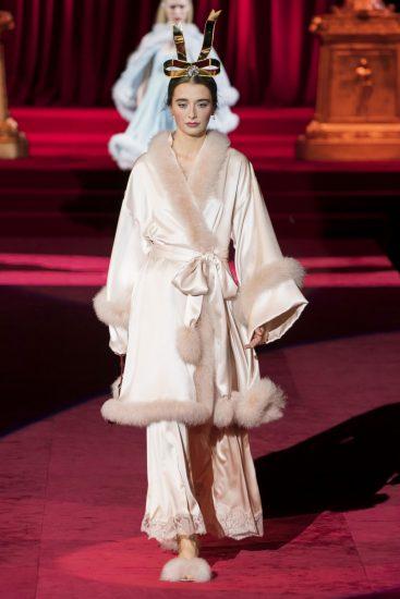 Образ Dolce & Gabbana на миланской неделе моды 2019