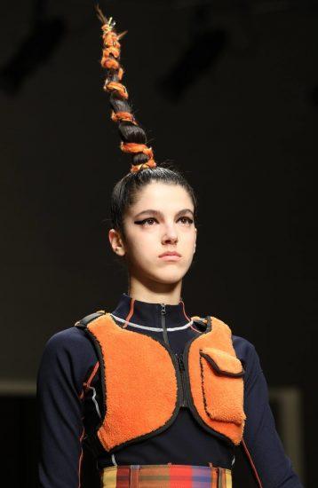 Образ Angel Chen на миланской неделе моды 2019