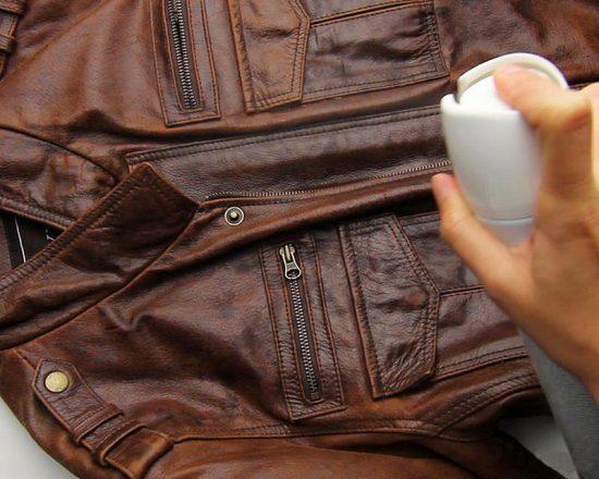 окрашивание кожаной куртки краской из баллончик