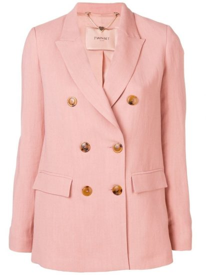 Светло-розовый пиджак