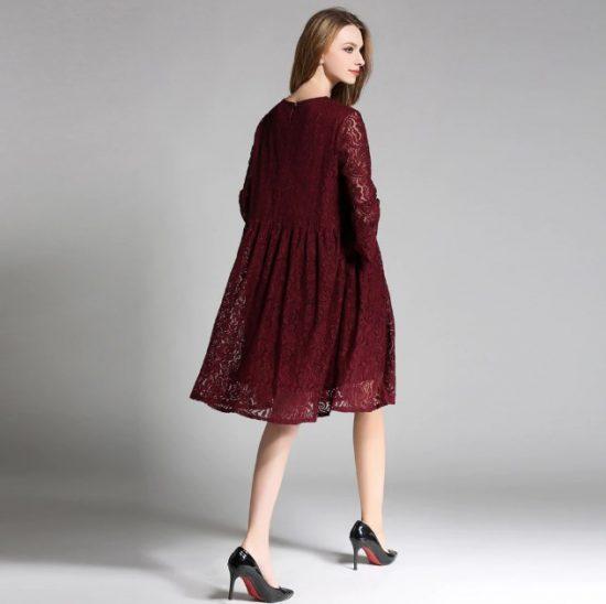 Бордовое кружевное платье оверсайз
