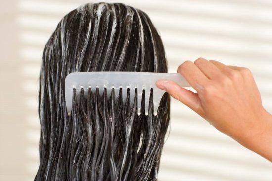 Расчёсывание мокрых волос