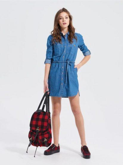 Короткое джинсовое платье-рубашка