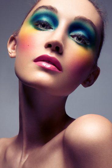необычный яркий макияж
