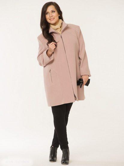 Прямое пальто пудрового цвета