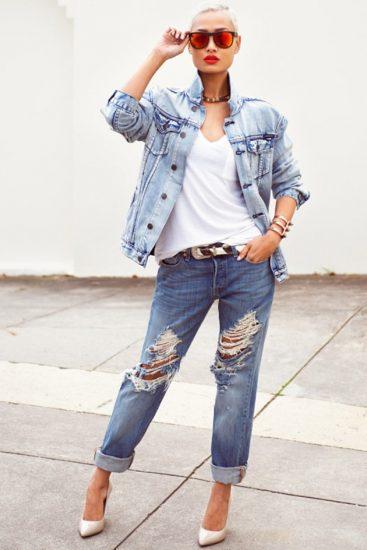 Стильная девушка в джинсовой одежде