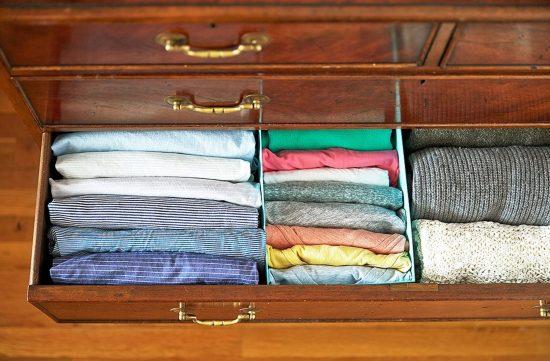 Хранение одежды в ящиках