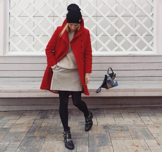 Красное пальто с юбкой
