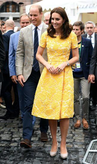 Кейт Миддлтон в жёлтом платье