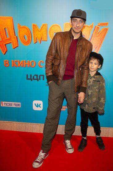 Артём Ткаченко с сыном