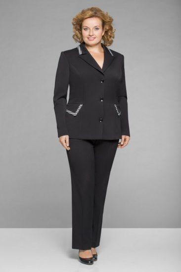 Чёрный брючный костюм для женщин