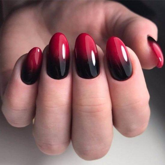 Дизайн чёрно-красного маникюра