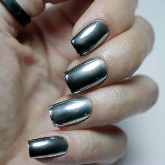 Дизайн ногтей с эффектом хромированного блеска