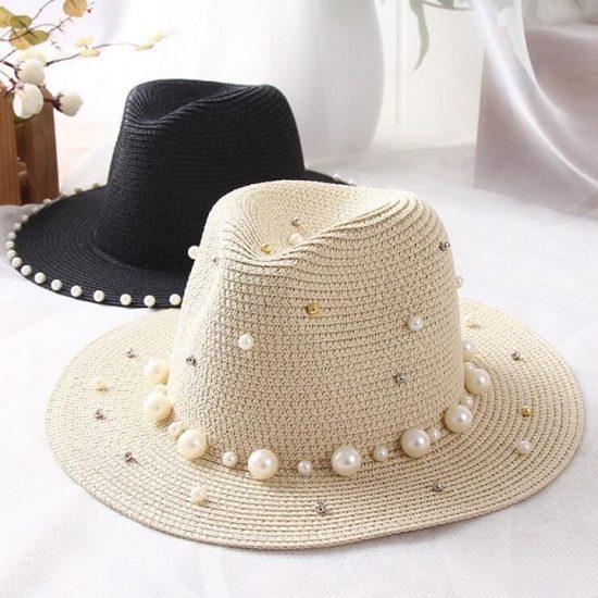 Соломенная шляпа с бусинами