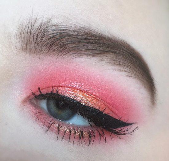 как пользоваться розовыми тенями