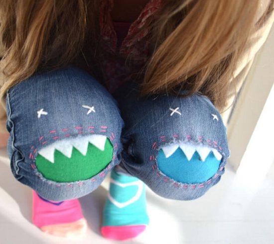 Заплатки на джинсах в виде зубастиков