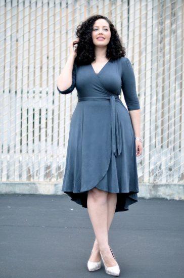 Платье с запахом для полных