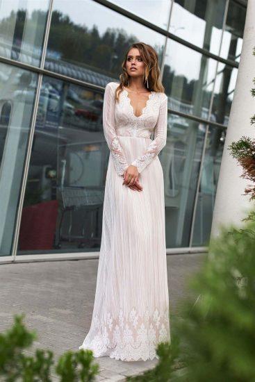 Длинное простое свадебное платье