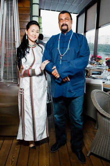 Стивен Сигал с женой