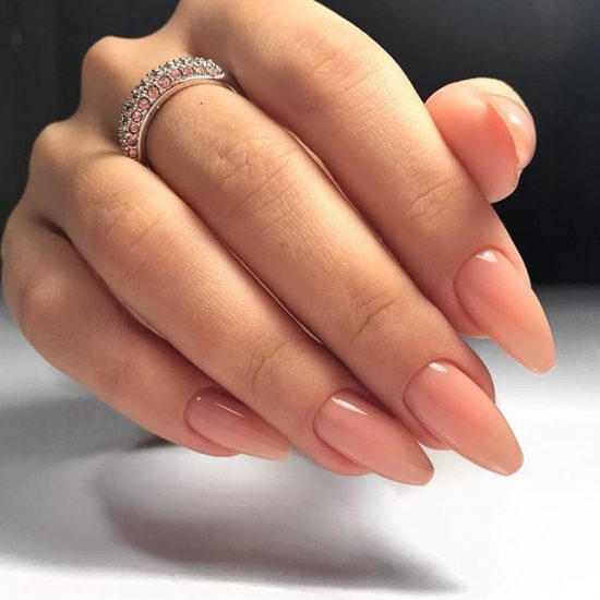 маникюр с формой ногтей балерина 2019
