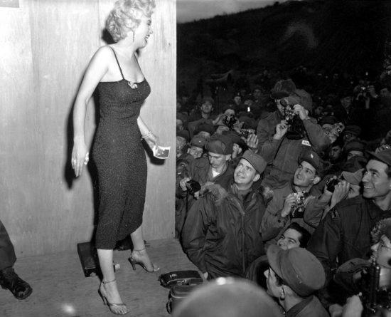 Мэрилин Монро в 1954 году