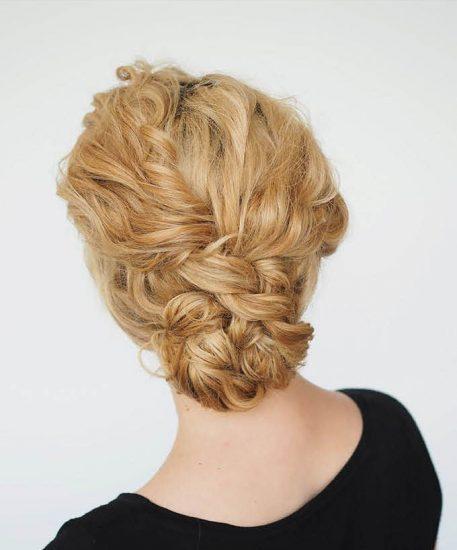 Причёски на волнистые волосы