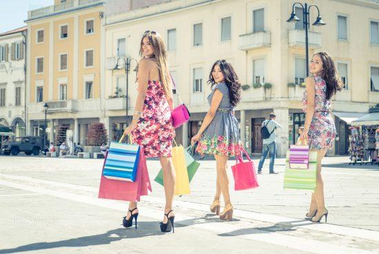 где купить самые дешевые брендовые вещи