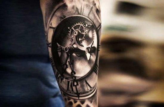 татуировки в виде часов