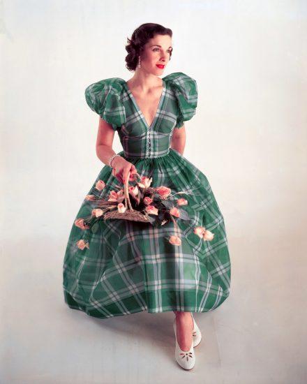 Платье в клетку в стиле 40-ых