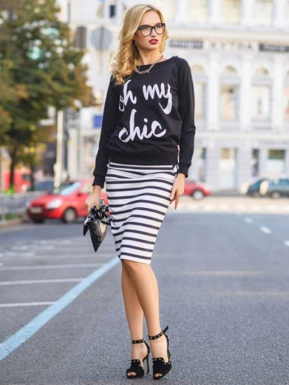 Сочетание чёрного свитшота и юбки-карандаша