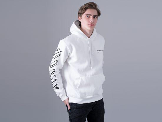 Одежда бренда Off-white