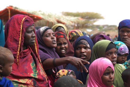 Группа африканок в хиджабах
