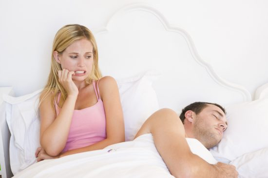 Девушка с парнем в постели