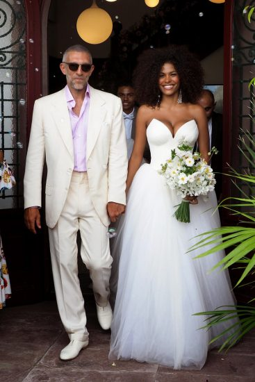 Тина Кунаки в свадебном платье
