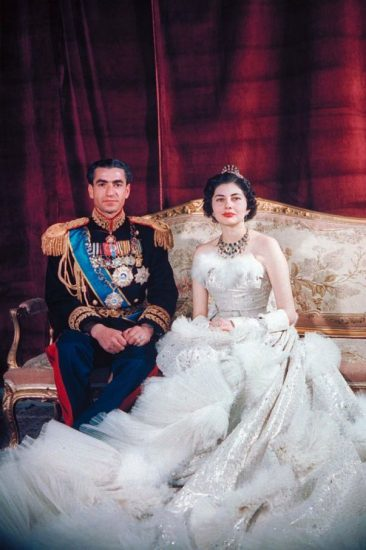 Свадебное фото принцессы Сорайи и шаха Мохаммеда Пехлеви