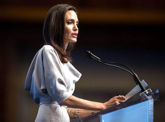 Анджелина Джоли является послом доброй воли ООН